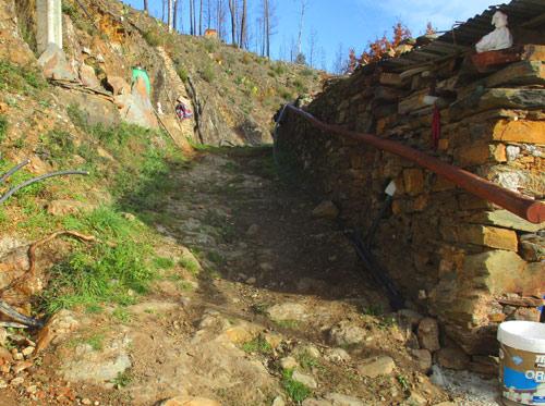 Weg zwischen Goladinha und Poco Negro, historisch, Eselspfad, Renovierung