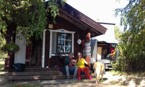 Finnland 8 - Campingplatz goldener Strand, Leirintäalue Kultahiekat, Insel Manamansalo, Mökki, Goladinha